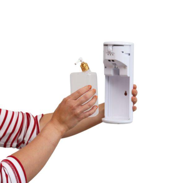 Käsidesiautomaatti